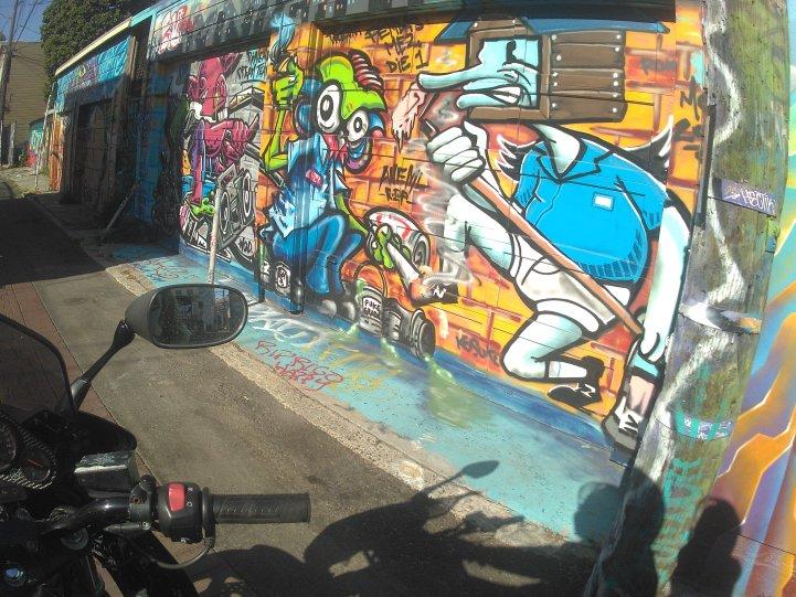 street art #2h1hz