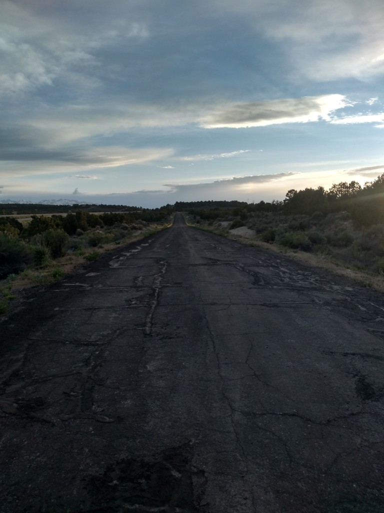 empty road landscape sunset