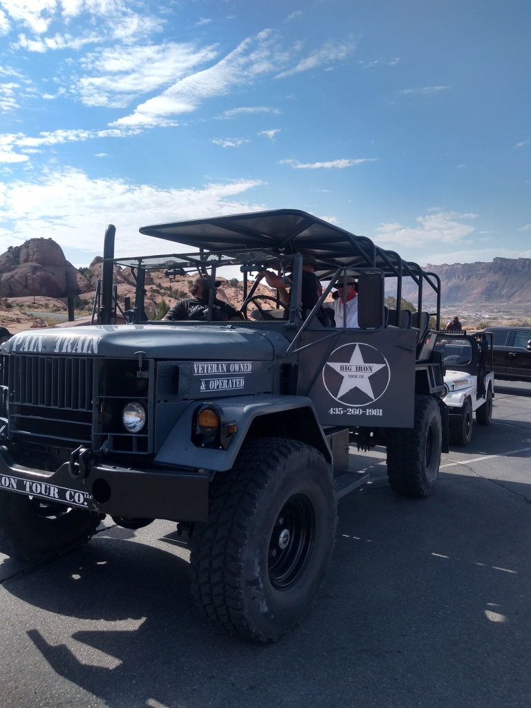 offroad military tactical vehicle