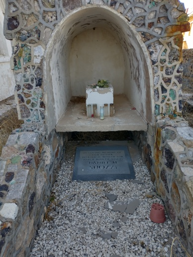Memorial to a derelict church's founder, who passed in 1992